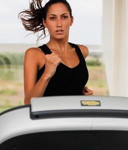 Ausdauertraining im Workout mit Technogymgeräte