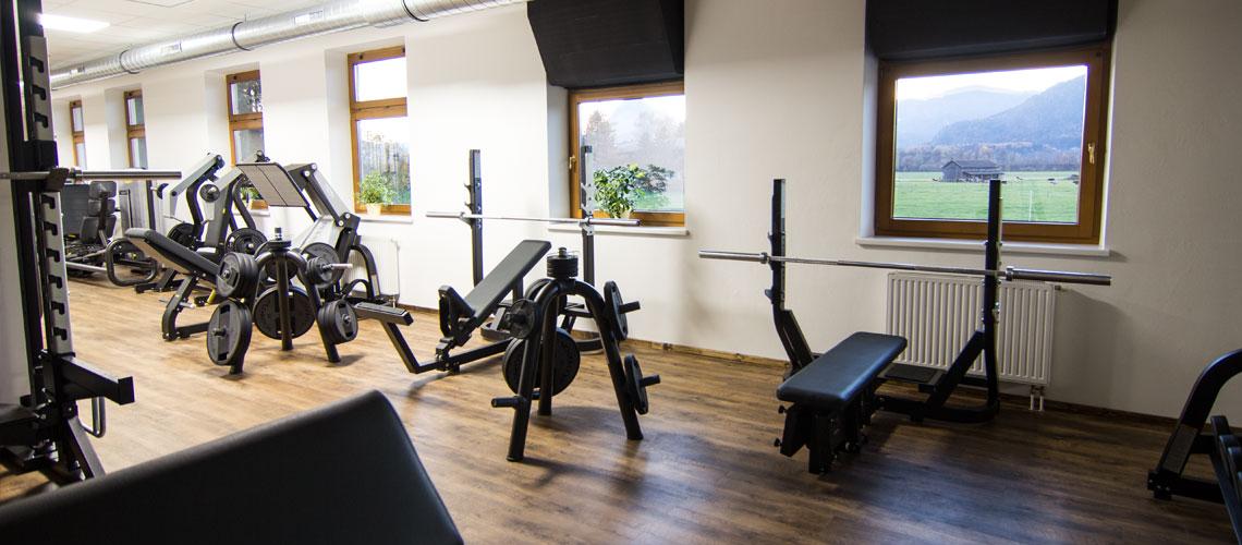 Trainieren in unserem Kraftbereich im Ebbser Fitnessstudio - Workout